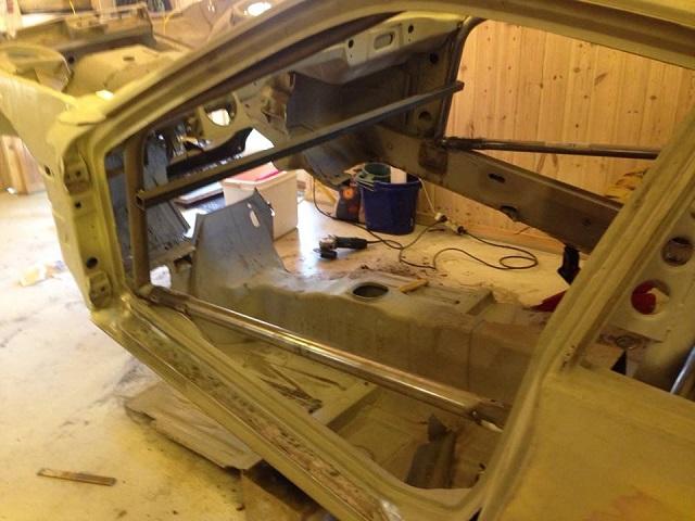 Bund og torpedoplade til min Porsche 924 turbo