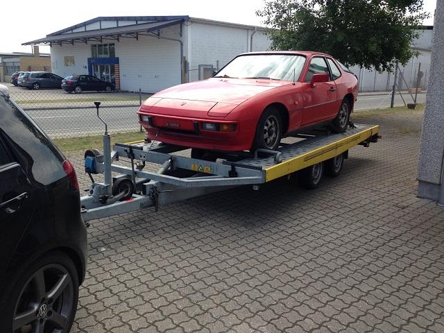 På vej hjem på autotriler med min Porsche donorbil