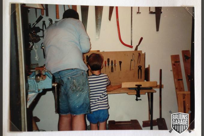 far og søn i værkstedet