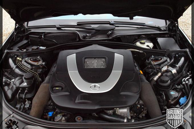 M273 motorrum