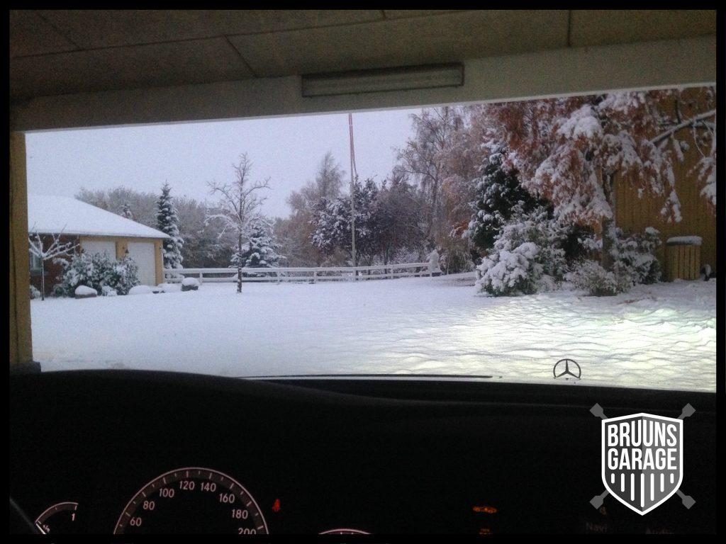 Vintervejr og Mercedes